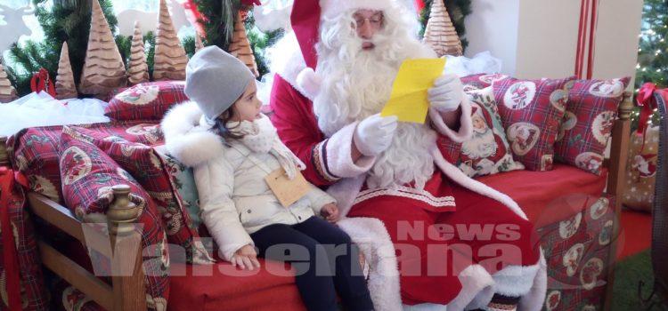 Babbo Natale è a Gromo, ed è già un successo – video