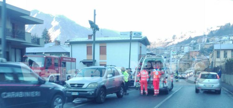 Ponte Nossa: incidente fra due auto sulla provinciale. Ferito 85enne