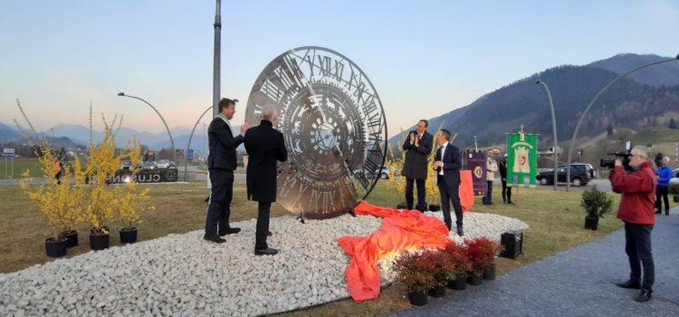 """Clusone: l'orologio Fanzago vi dà il  """"Benvenuto"""" – Foto"""