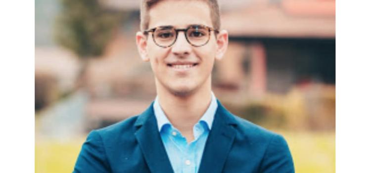A Onore Michele Schiavi sindaco più giovane della Valle