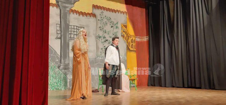 Gorno, l'opera lirica in scena con i ragazzi delle scuole medie – foto