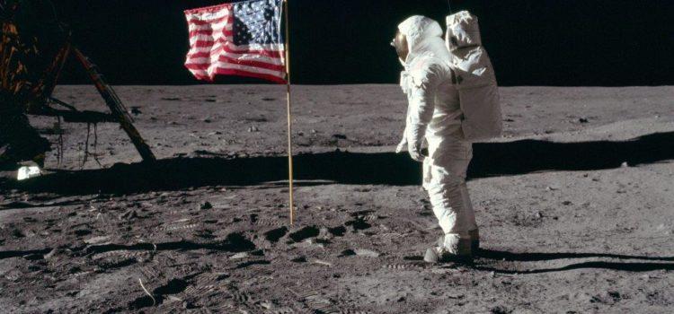 """""""Stregati dalla Luna"""": a Gandino due serate con gli Astrofili"""