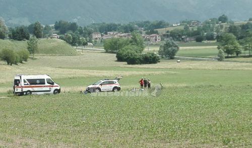 Malore fatale per un ciclista a Clusone, muore 56enne