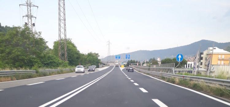 Sigillatura delle pavimentazioni stradali ammalorate, chiusa la SP tra Albino e Nembro