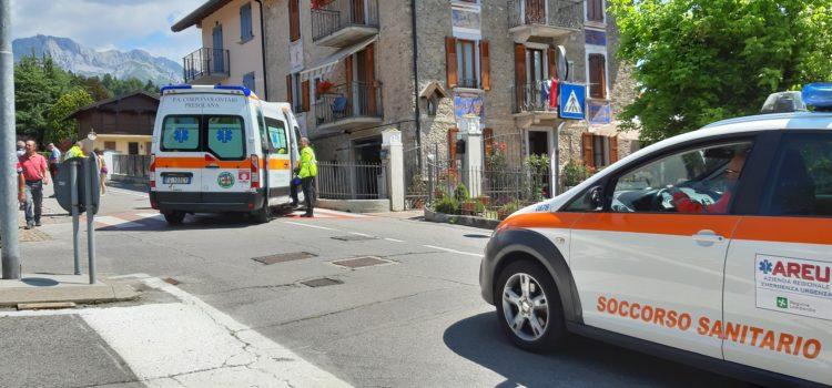 Cade con la bici a Fino del Monte, 61enne in ospedale