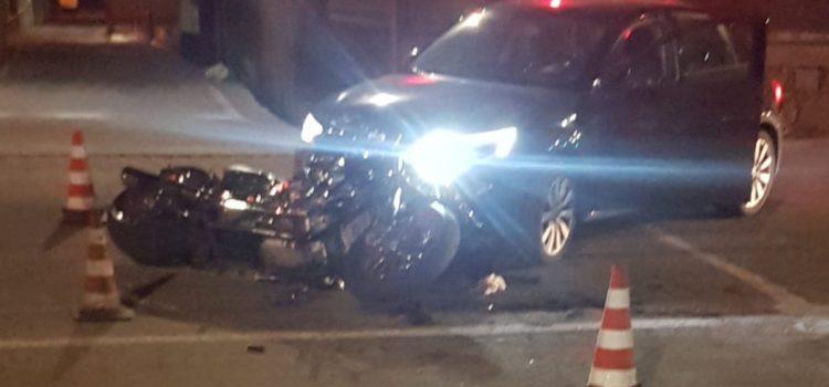 Incidente auto – moto a Gazzaniga, 45enne in ospedale