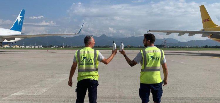 """Aeroporto di Orio, il personale operativo è """"Plastic Free"""""""