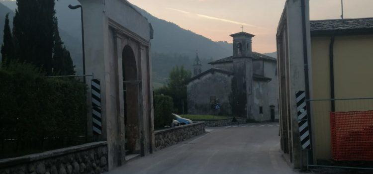 Cerete: abbattuto il tetto del manufatto in ingresso al paese. Strada riaperta