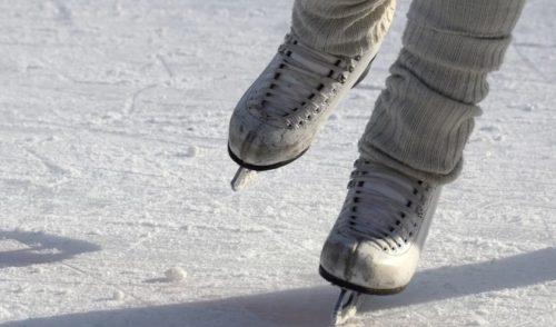 Clusone, domenica 8 dicembre l'apertura della pista di pattinaggio