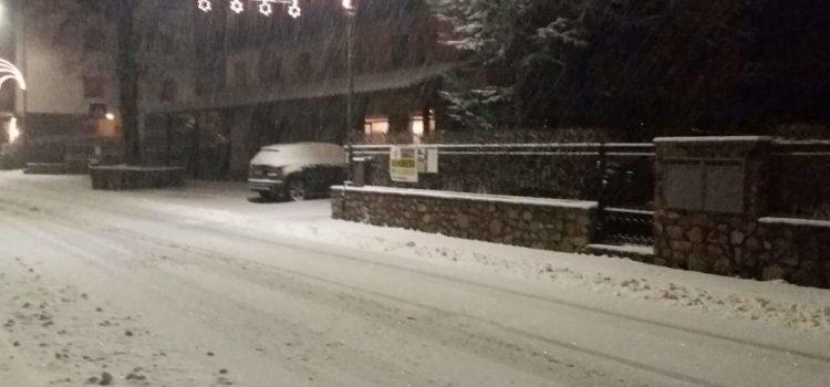 12 dicembre,  la prima neve di stagione imbianca la Val Seriana