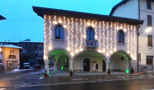 Giornata dedicata agli scomparsi, il comune di Castione si illumina di verde